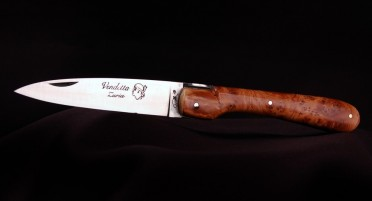 Vendetta Zuria Knife in Juniper - Full handle