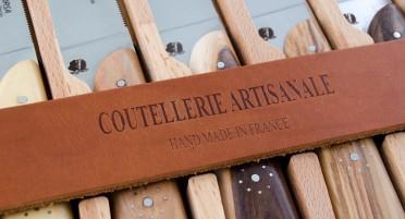 Coffret de 6 couteaux de table Eleganza Zuria - manches en bois panaché