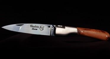 Handcrafted Vendetta Zuria Knife in Juniper