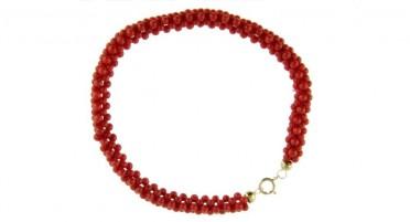 Bracelet tressé en perles de Corail rouge de Bonifacio et fermoir en Or jaune