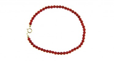 Bracelet in small red coral beads - yellow gold clasp