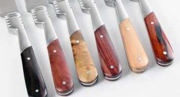 Set of 6 Vendetta Zuria table knives - variegated wood handles