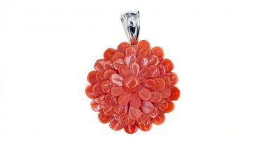 Pendentif en forme de fleur en Corail rouge et Argent