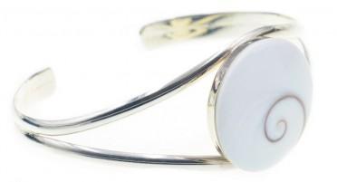 Silver bracelet with round Shiva eye - cuff type