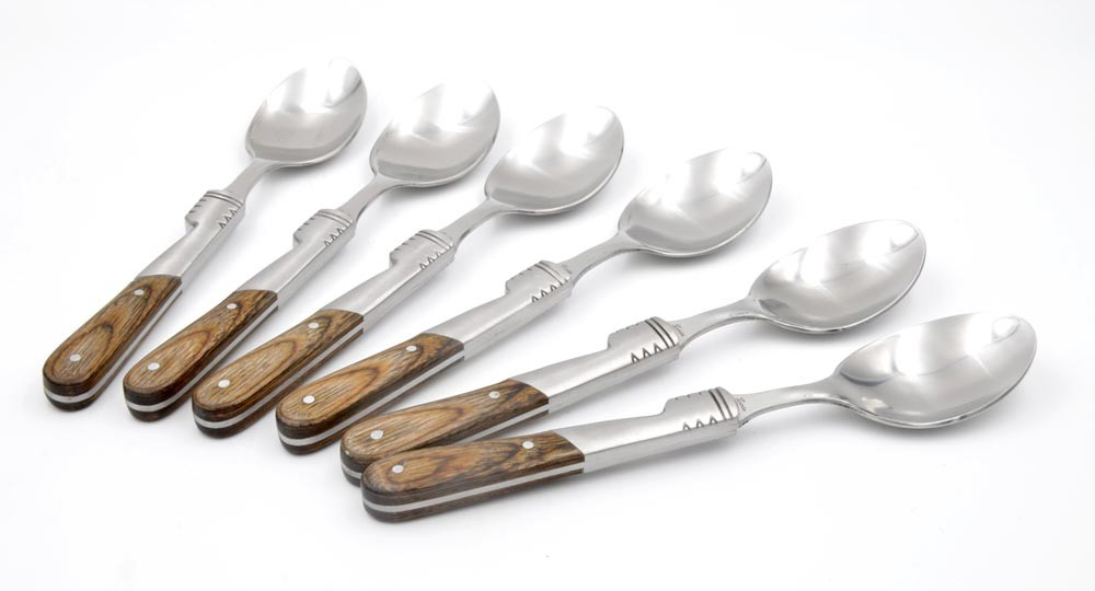 Teaspoons with brown handle and wooden box