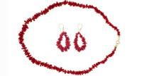 Parure de bijoux en 1/2 pointes de Corail et Plaqué Or - Collier et boucles d'oreilles
