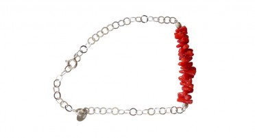Bracelet in red coral and silver links