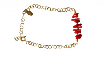 Bracelet in red coral and gold plated links