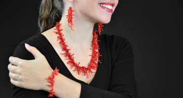 Coral fringe jewelry set - 3 pieces